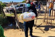 DISTRIBUTION OF FOOD PARCELS IN ROODEPAN